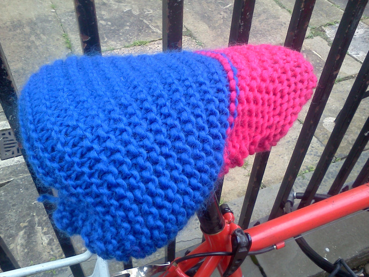 Spotted: Lovely Pair of Knitted Bicycle Seat Covers ... Knit Your Own!