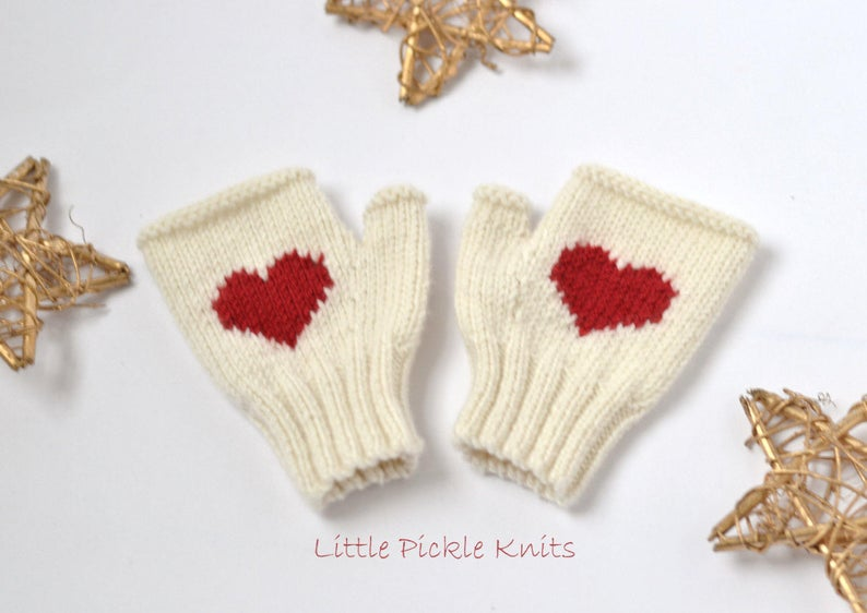 Knit a Pair of Festive Fingerless Gloves With Hearts!