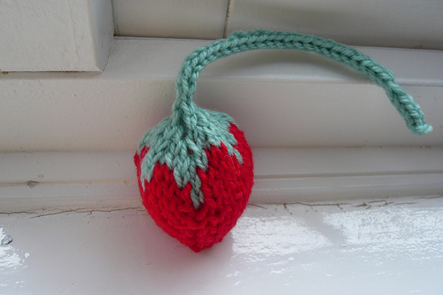 Strawberry With a Long Tail ... Cute Gift Idea To Knit For Kitty