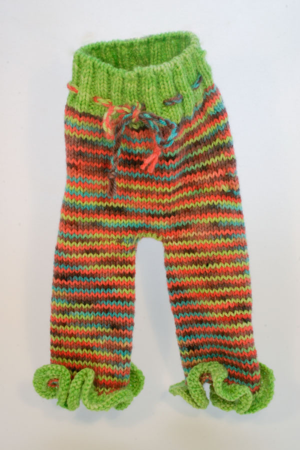 Free Pattern! Knit an Adorable Pair of Aubrey Doodlepants For Your Favorite Toddler