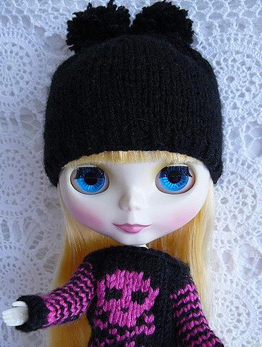 Heidi's Great New Blythe Knit Wear