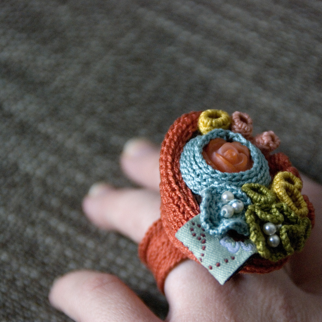 Fun Fiber Ring By Maria Ribeiro
