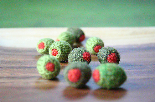 Tiny Knitted Olives!