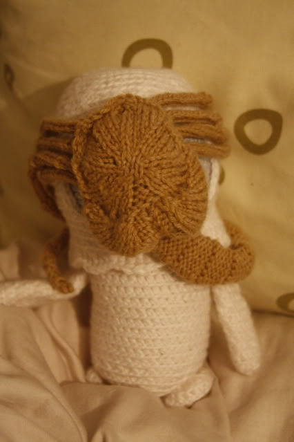 Adorable Spaceman and His Alien Facehugger Amigurumi ... Yikes! There's a Pattern Too!