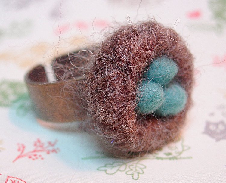 She Felted a Wee Robin's Nest Ring - So Cute!