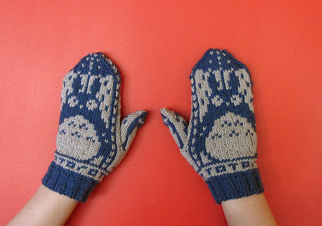 Knit Totoro Mittens - In Norwegian Style! Get the FREE Pattern!