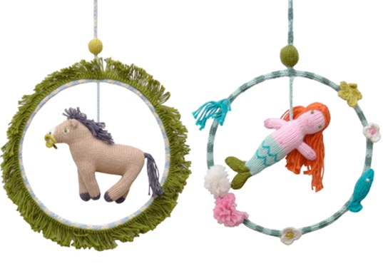 Knitted Dream Ring Mobiles - Great Gift Idea!