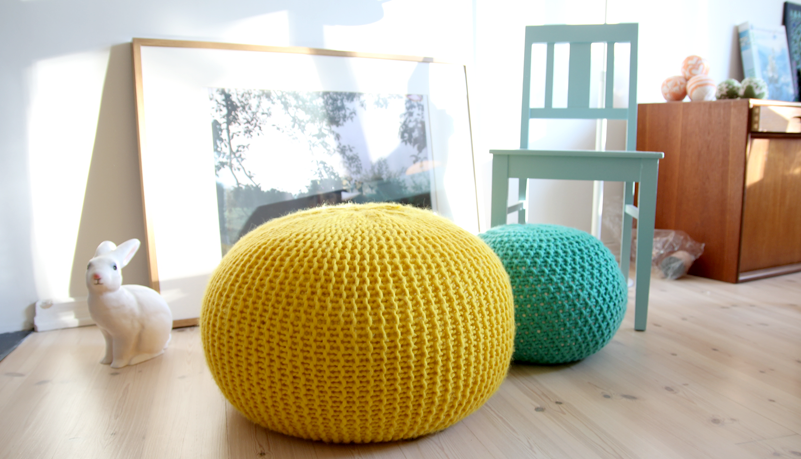 Knit Your Living Room a New Life With This Big, Bright and Cheery Pouf – FREE Pattern