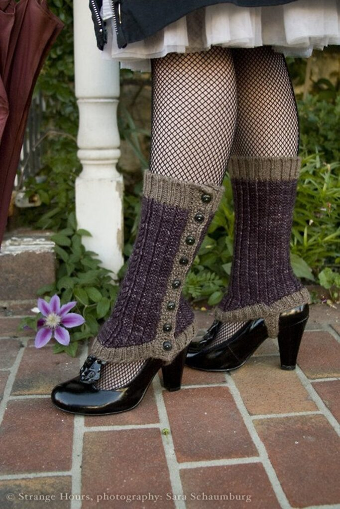 Knit a Pair of Well-Heeled Spatterdashes