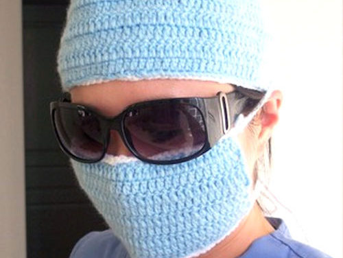 Let's Play Surgeon – Fun Crochet Cosplay