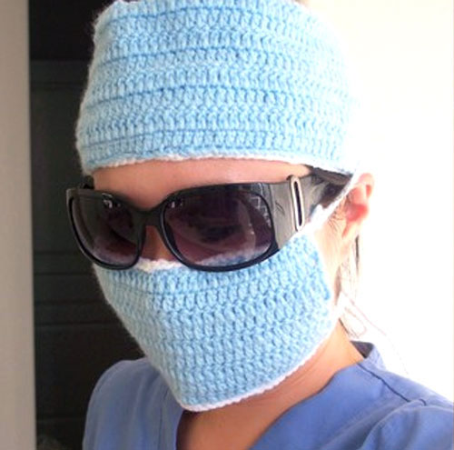 Let's Play Surgeon – Fun Crochet Cosplay