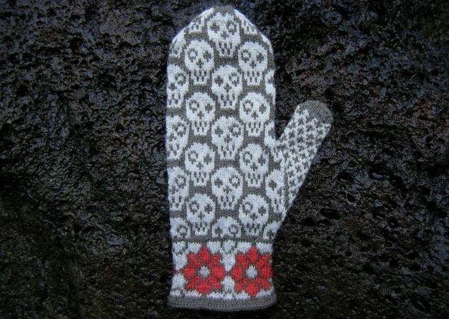 Knitted Skulls & Flowers Mittens - Very Feminine!