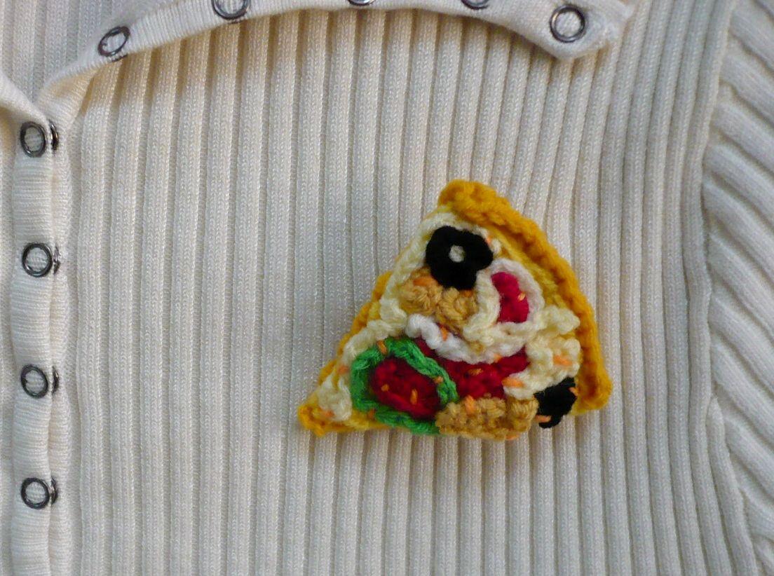 Crochet Pizza Brooch