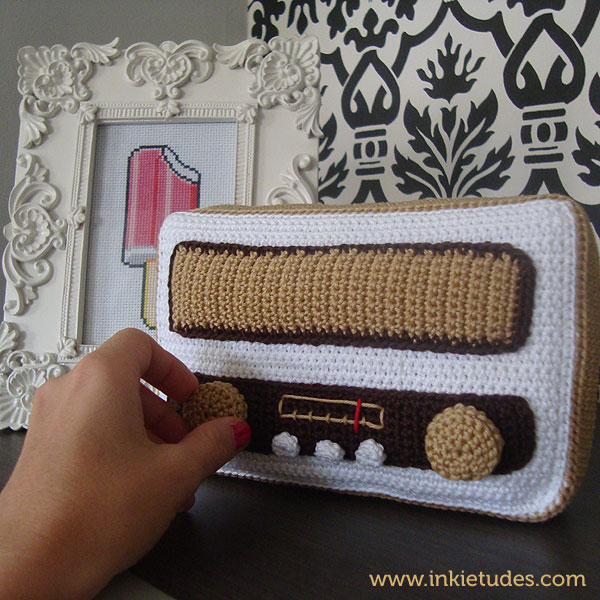 Check Out This Crochet Old Timey Radio Amigurumi