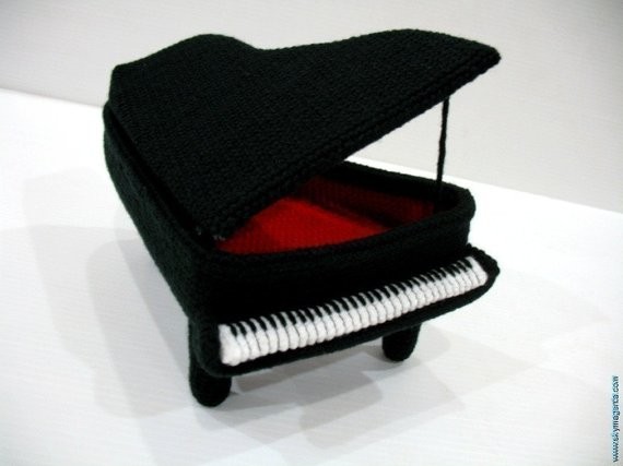 Crochet a Baby Grand Piano Amigurumi!