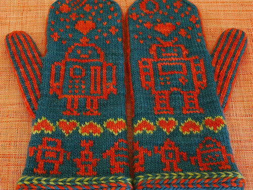 Love Bytes Knit Robot Hat & Mitts Set, Get the Pattern!