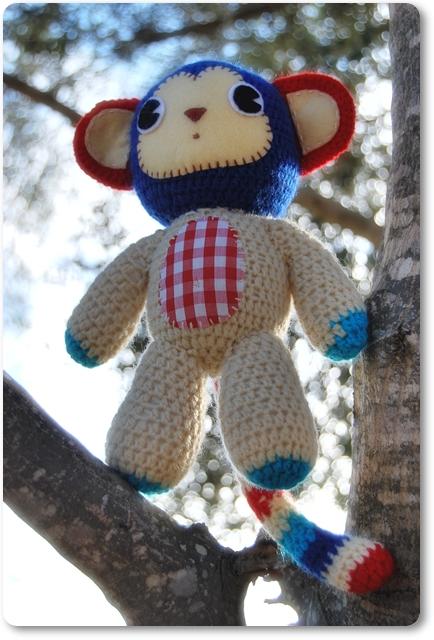 Cute Crochet Smonkey by De Estraperlo
