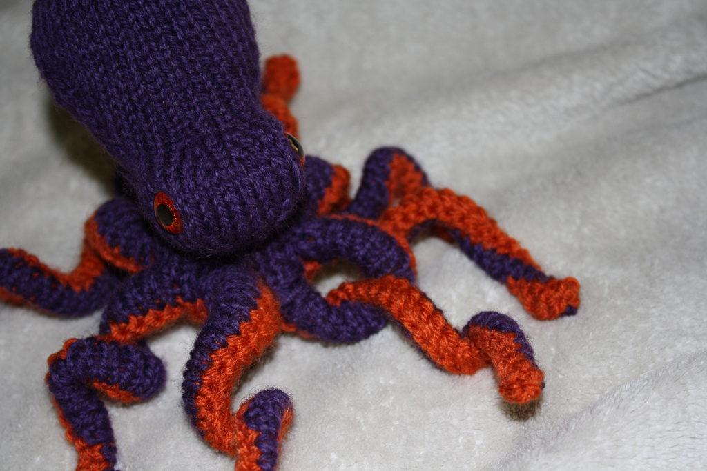 Knit An Octopus Amigurumi