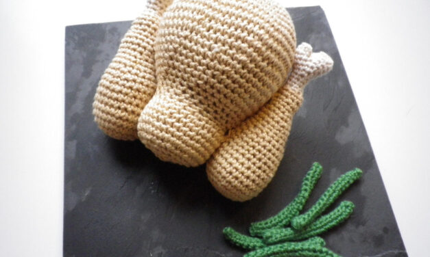 Teeny Roast Chicken A La Crochet – So Cute!