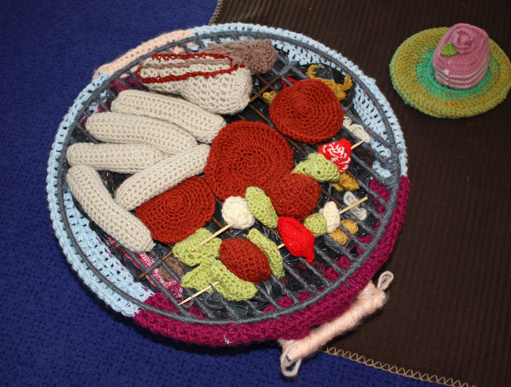 She Crocheted A BBQ With All The Fixings Too!