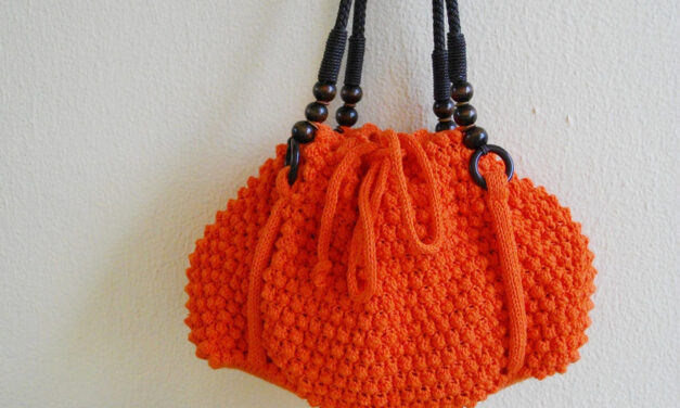 Gorgeous Orange Bobble Bag – I Want To Knit One … And Yes, There Is A Pattern!