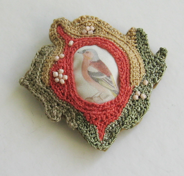 Beautiful Bird Pin – It's Crocheted!