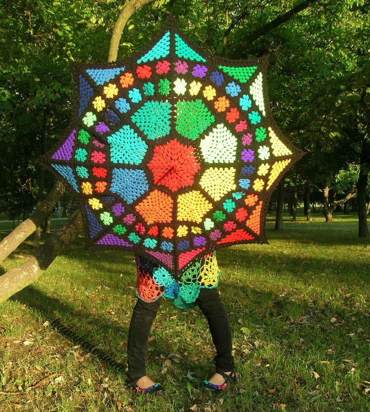 She Crocheted a Granny Square Umbrella in Magical Rainbow Colors!