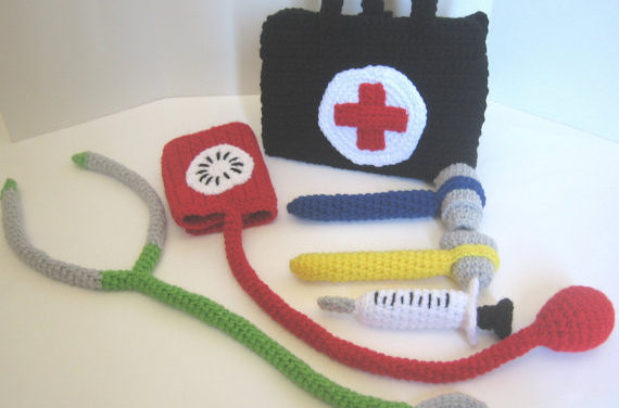 CraftyAnna's Crochet Doctor's Kit – Get the Pattern!