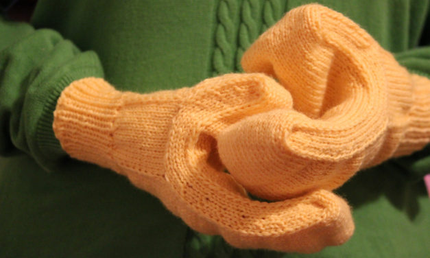Knit a Pair of Lego Minifigure Mitts … Free Pattern By Carissa Browning