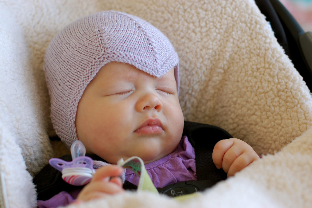 Dear Amelia Earhart Fans, This Knitted Aviator Hat Has So Much Style ...