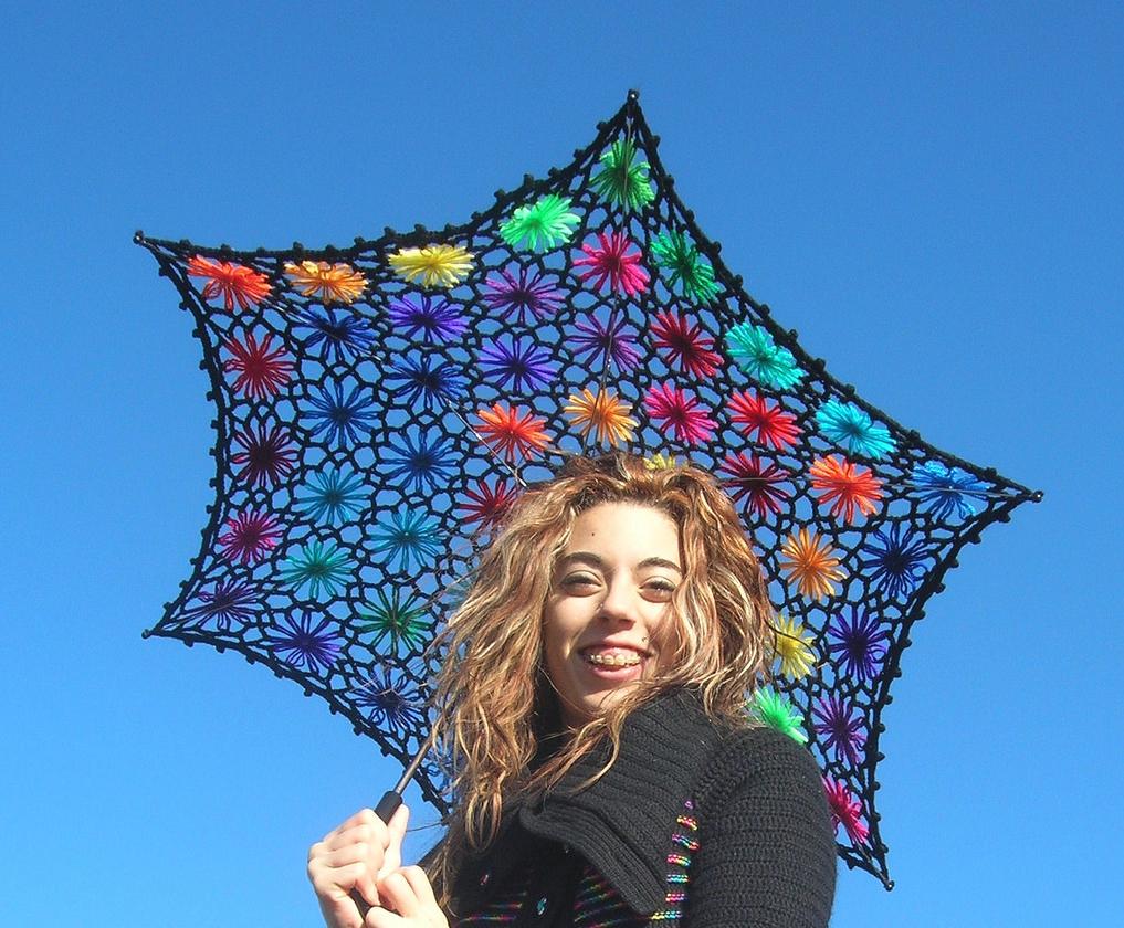 Lacy Daisy Crochet Parasol - Beautiful Rainbows By Babukatorium