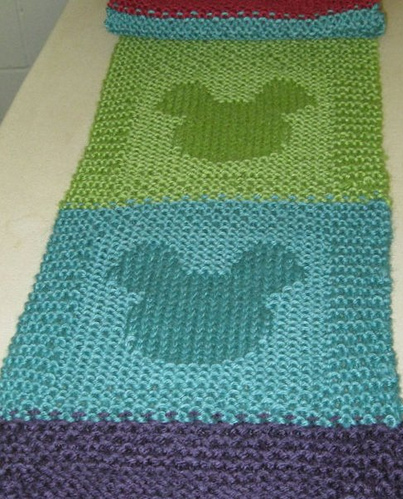 Knit A Mickey Mouse Scarf Get The Free Pattern Knithacker