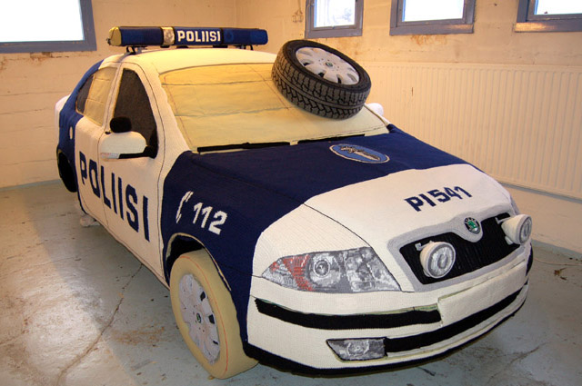 UPDATED! Finish Artist Kaija Papu  Crocheted a Cop Car, Watch The Video!