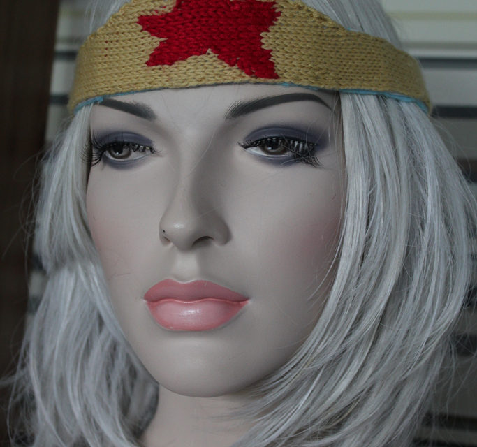Knitted Wonder Woman Tiara – Knit Your Own With This FREE Pattern!