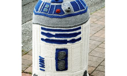Amazing R2D2 Yarn Bomb By Sarah Knepper