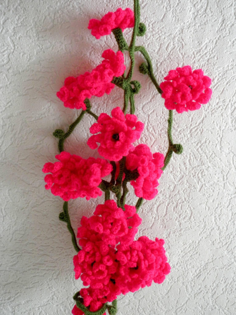 Crochet Flower Garland That Lights Up - So Pretty!