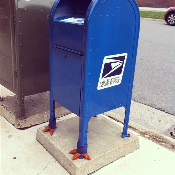 A Mailbox With Knitted Chicken Feet!