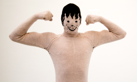 My Knitted Boyfriend (video)