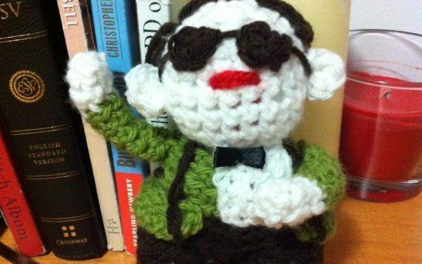 Jessica Nevin Crocheted an IKEA Monkey Amigurumi … and a Psy Too – Gangnam Style!