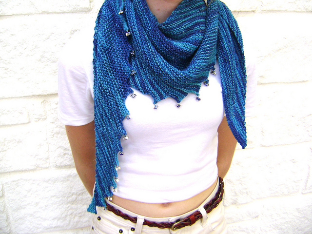 She Knit A Circus Blue Hitchhiker Scarf Knithacker