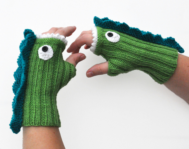 Knitted Dragon Mitts From NeedleNoodles