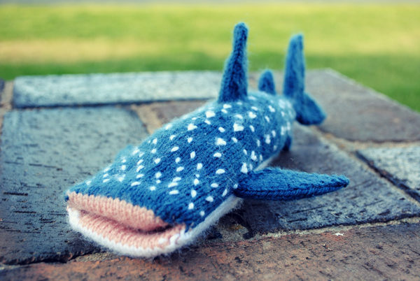 Knitted Whale Shark iPhone Cover - FREE PATTERN!