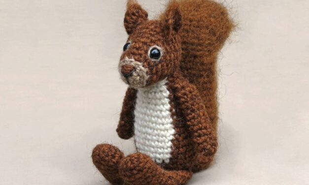 Meet Floro the Red Squirrel … Crochet Amigurumi Pattern Available!