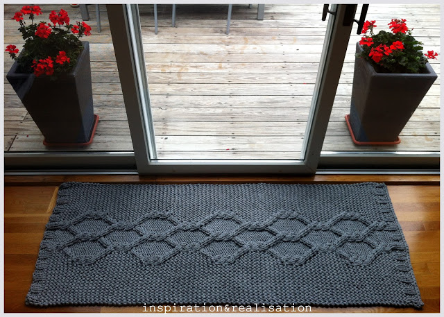 inspiration&realisation_diy_giant_knitted_rug_diamonds_cables