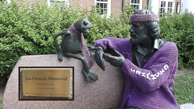 Jim Henson Statue Yarn Bomb Promotes #GISHWHES