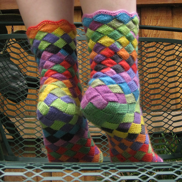 Knit a Pair of Entrelac Socks? You'll Love the Stunning Results!