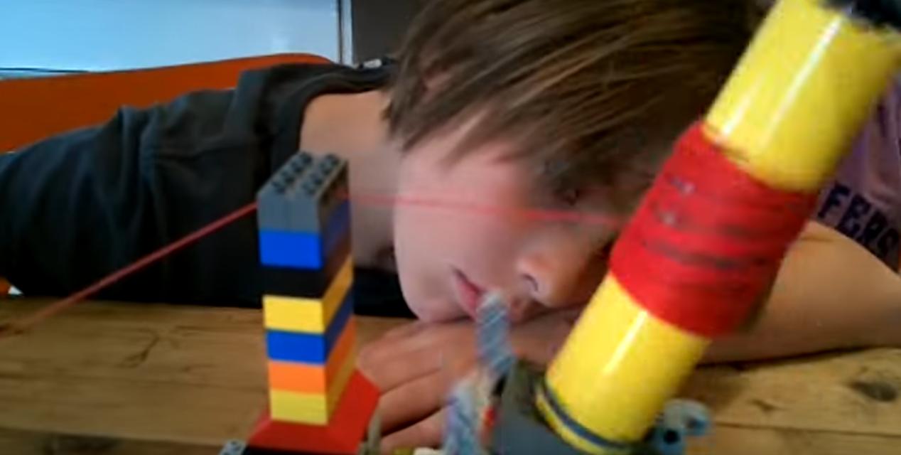 Genius Kids Make Working Yarn Ball Winder With Lego!