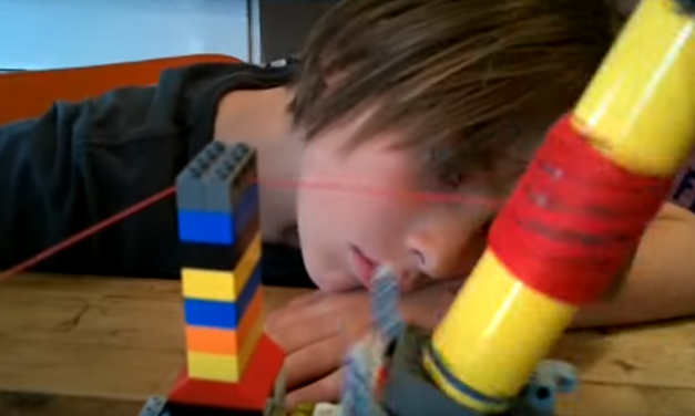 Genius Kids Make Working Yarn Ball Winder With Lego!