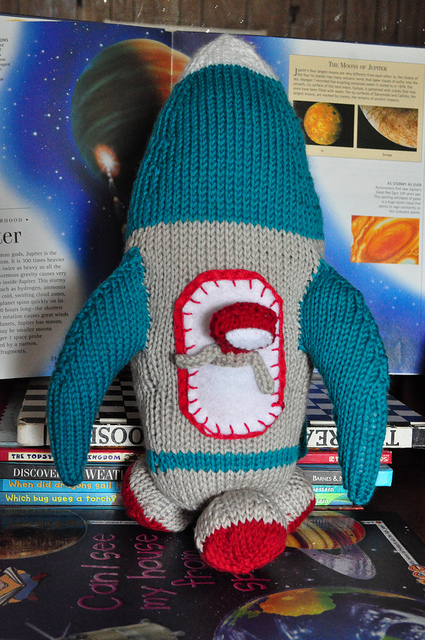 RocketShip By CaffaKnitted - FREE Pattern!