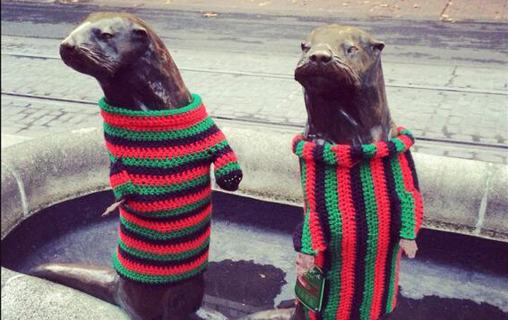 Leave the yarn bombs alone, you big thieving jerks!